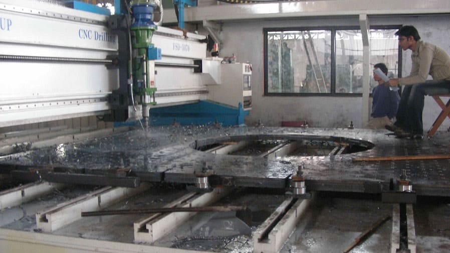 CNC Normal Speed Extendable Type Plate Drilling Machine - FSDE